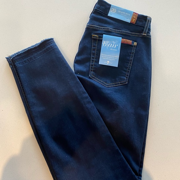 7 For All Mankind the Ankle Skinny size 29